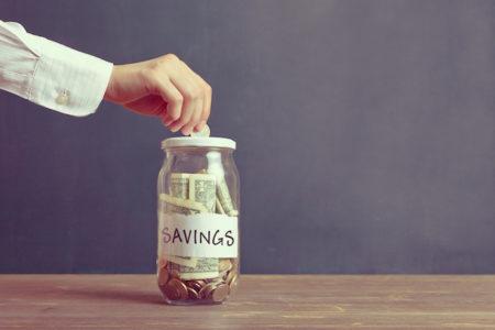 20代の平均年収と貯金額はいくら? 将来を見据えて考える資産構築