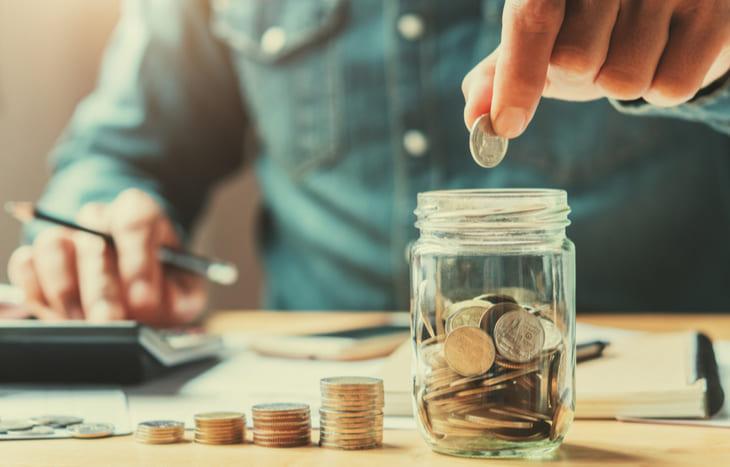 日本人が貯金好きなのは嘘?日本の家計貯蓄率が世界でも最低の実態